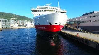 Download MS Finnmarken Hurtigruten Bergen Trondheim 2016 Drone Video