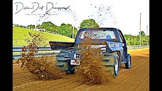 Download Newtown Dragway Sand Drags 6-3-17 with the famous ″Sand Thing & Black Truck″ slinging sand Video