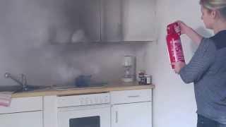 Download Feuer löschen mit Feuerlöscher für Fettbrände geeignet Video
