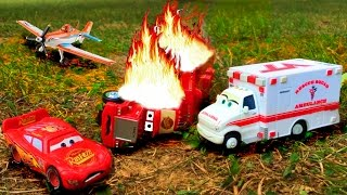 Download Disney Pixar Cars Lightning McQueen Saves Red Mack Hauler Giant Crash Starts Fire Disney Toy Story Video