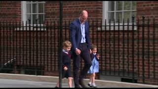 Download Prince George, Princess Charlotte arrive at hospital to meet baby brother Video