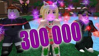 Download 300 000 EN LIVE - ROBLOX Video