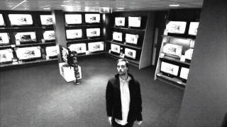 Download smart thief caught on cam Video