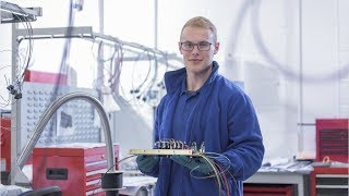 Download Electrical and Electronic Engineering Technician Career Video Video