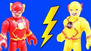 Download Imaginext Flash & Reverse Flash Speedsters Time Travel To Rescue Superheroes Batman & Superman Video