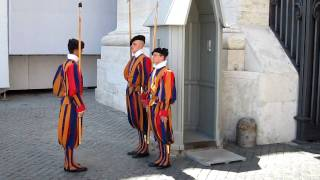 Download Changing of the Swiss Guards at The Vatican Video