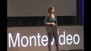 Download Migraciones y fronteras | Valeria España | TEDxMontevideo Video
