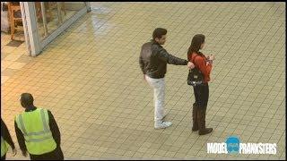 Download Girl VS Guy Pickpocket Experiment! Video