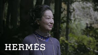 Download The Hermès' bag, a mother-daughter tradition Video