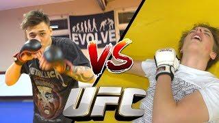 Download OLIWER TESTAR MMA MOT KONSTIGA BLOGGEN! Video