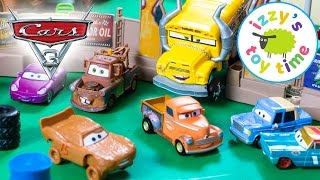 Download Cars 3 Smash and Crash Derby Playset with Lightning McQueen! Disney Pixar Fun Toy Cars for Kids Video