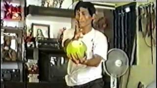 Download Võ Sư Nguyen Van Dao - Pak mei (Bach Mi) - Casse de noix de coco Video