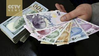 Download Turkish citizens rush to exchange US dollars for Lira Video