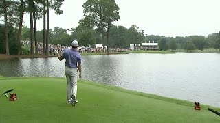 Download Rory McIlroy struggles off the tee on front nine at TOUR Championship Video