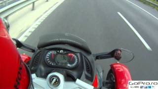 Download Top speed on Can-Am Spyder, 2 onboard.mp4 Video
