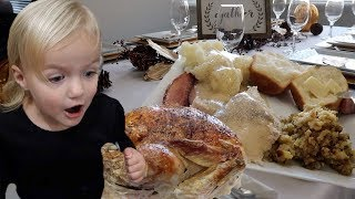 Download 🦃 OUR FIRST TIME HOSTING THE THANKSGIVING FAMILY FEAST 🥧 Video
