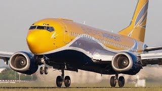 Download Boeing 737 vs. Airbus 320 Video