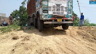 Download Tata 3118 Truck Going For Bath But What Happens In Middle Of Field. Video
