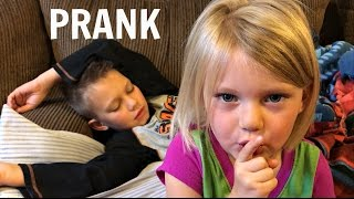 Download TRICKING MY BROTHER | TIME CHANGE JOKE Video