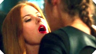 Download Isla Fisher Kisses Gal Gadot ! - KEEPING UP WITH THE JONESES Video