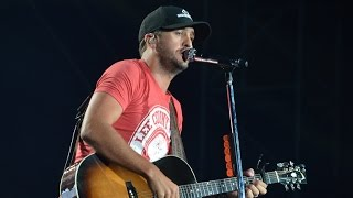 Download Luke Bryan Falls Off Stage… Again Video