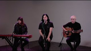 Download Hot Sessions: Creeper ″Hiding with Boys″ Video