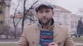 """Download Borys Szyc i """"Kobieta w oknie"""". Nietypowa akcja promująca czytelnictwo! Video"""