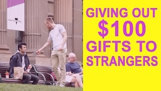 Download HOW DO PEOPLE REACT WHEN A STRANGER HANDS THEM $100? Video