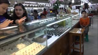 Download Full Video of Bogoke - the finest natural gem market in the world Video