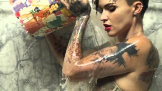 Download Ruby Rose (Haircut transformation - long to pixie) Video