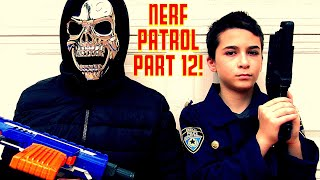 Download Nerf Patrol Thanksgiving Day Battle w/ Joker, Killer Clowns, Freddy Fazbear! Video