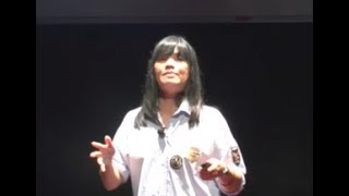 Download The Real Authentic Me | June Chua | TEDxUWCSEAEast Video
