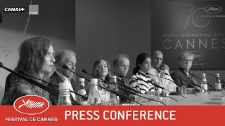 Download HAPPY END - Press Conference - EV - Cannes 2017 Video