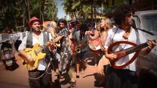 Download AMAZING LIVE GYPSY MUSIC - Quarter to Africa Video