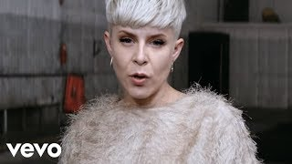 Download Robyn - Call Your Girlfriend Video
