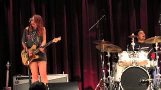 Download SAMANTHA FISH BAND ″Night Time Is The Right Time″ 3/22/13 Video