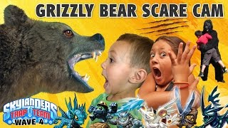 Download GRIZZLY BEAR SCARE CAM SURPRISE! Skylanders Trap Team Wave 4: Blackout, Spotlight, Short Cut, Echo + Video