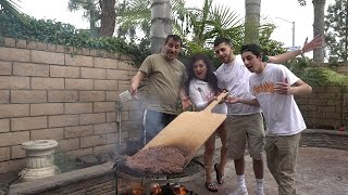 Download COOKING WORLDS LARGEST BURGER !! (ft. FAZE RUG AND BRAWADIS )   MAMA RUG AND PAPA RUG Video