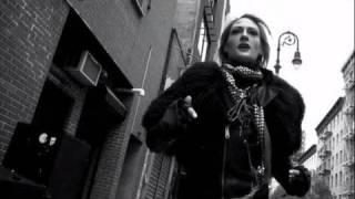 Download Gold Guns Girls - METRIC Video