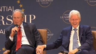 Download Presidential bromance: Bush and Clinton trade jokes, discuss family and 2016 Video