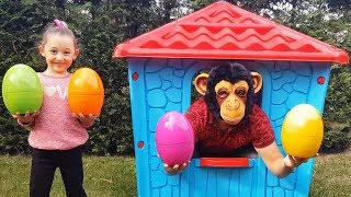 Download Learn Colors With Colored Eggs, Öykü and Cute Monkey - Funny Oyuncak Avı Video