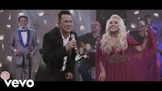 Download Charlie Zaa - La Pollera Colorá (Celebración: En Vivo) ft. Yuri, La Sonora Santanera Video