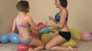 Download (SAMPLE) Remi & Mia Bottom Pop Balloons Video