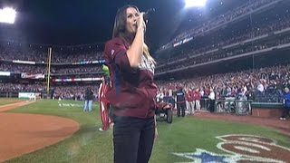 Download WS 2009 Gm 5: Alanis Morissette sings national anthem Video
