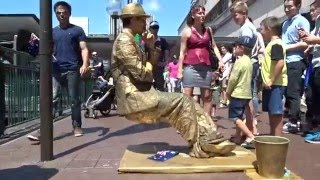 Download He's Sitting on Thin Air - Street performer at Circular Quay Sydney Video