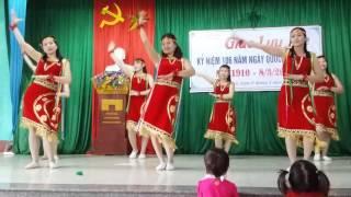 Download Tân Tiến PN múa tiếng đàn ta lư Video