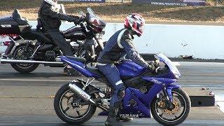 Download Harley Davidson vs Sportbikes-drag racing Video