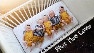 Download Gifts From Around The World - Scott Quintuplets Video