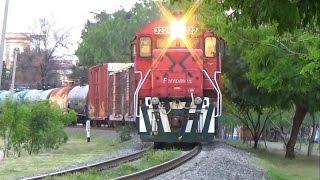 Download Trenes Ferromex y KCSM en Celaya Linea A Video