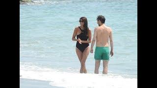 Download Gianluigi Buffon and Ilaria D'Amico in Versilia - Paparazzi life Video